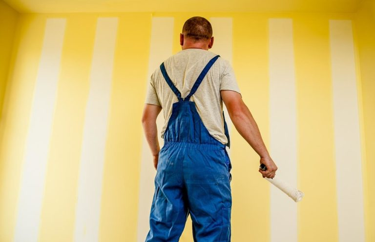 Dlaczego warto gruntować ściany?