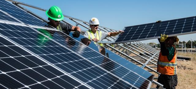 Czynniki wpływające na wydajność paneli słonecznych